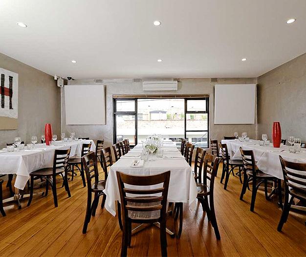 Deco Cafe Restaurant