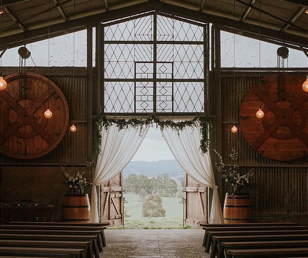 Zonzo Estate – Winery Wedding Venue