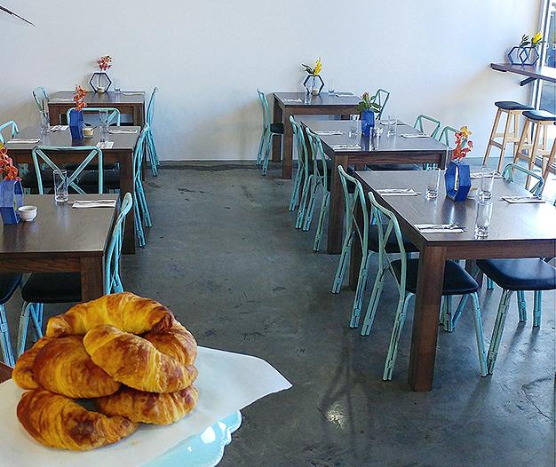 Di Casa Cafe Bar Restaurant