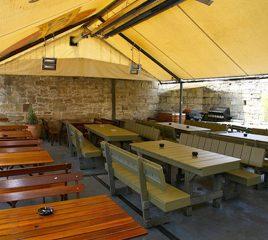 Republic Bar & Cafe